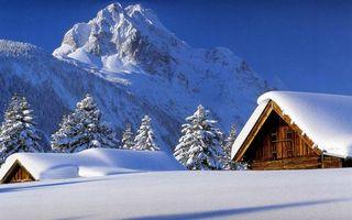 Бесплатные фото домики, загородные, в снегу, горы, крыши, снег, елки