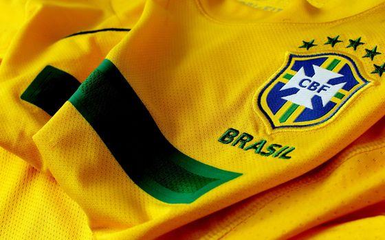 Photo free T-shirt, yellow, national team