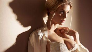 Фото бесплатно девушка, блондинка, нижнее бельё