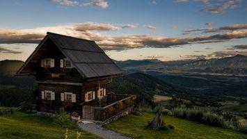 Бесплатные фото дом,горы,лес,небо,облака,пейзажи,природа