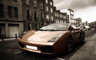 Фото бесплатно ламборджини, коричневый, фары, диски, зеркала, стекло, машины