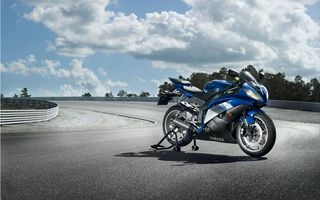 Бесплатные фото мотоцикл,колеса,руль,фары,зеркало,шины,двигатель