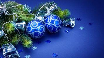 Фото бесплатно новогодние обои, шары, фон