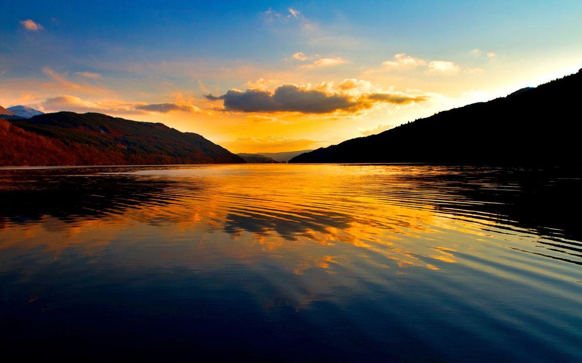 Фото бесплатно озеро, рябь, отражение, небо, облака, горы, пейзажи, пейзажи