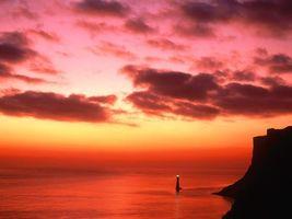 Бесплатные фото море,вода,маяк,утес,красиво,небо,облака