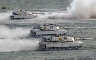 Фото бесплатно танки, гусеницы, пыль