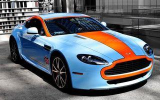 Бесплатные фото астон мартин,голубой,вставки,красные,диски,флаг британии,машины