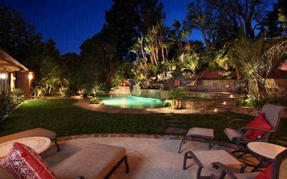 Фото бесплатно двор, бассейн, подсветка