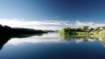 Бесплатные фото река,вода,красиво,зелень,небо,облака,природа