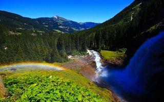 Бесплатные фото водопад, радуга, горы, елки, река, растительность, поселение