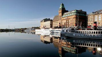 Бесплатные фото здания,высокие,вода,корабли,небо,облака,город