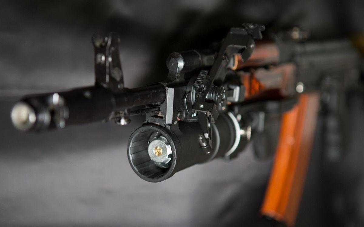 Фото бесплатно ак 74, автомат, калашникова, дуло, ствол, магазин, прицел, рукоятка, оружие, оружие