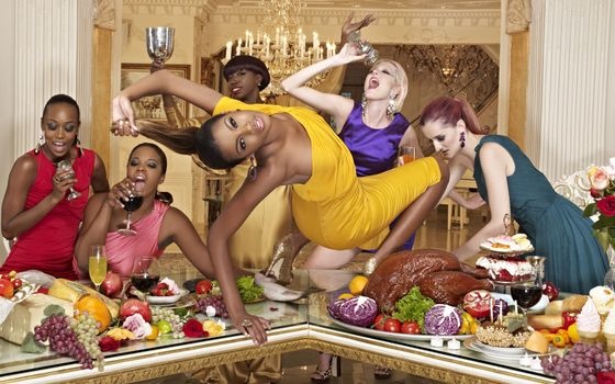 девичник, вино, танцы, стол, еда