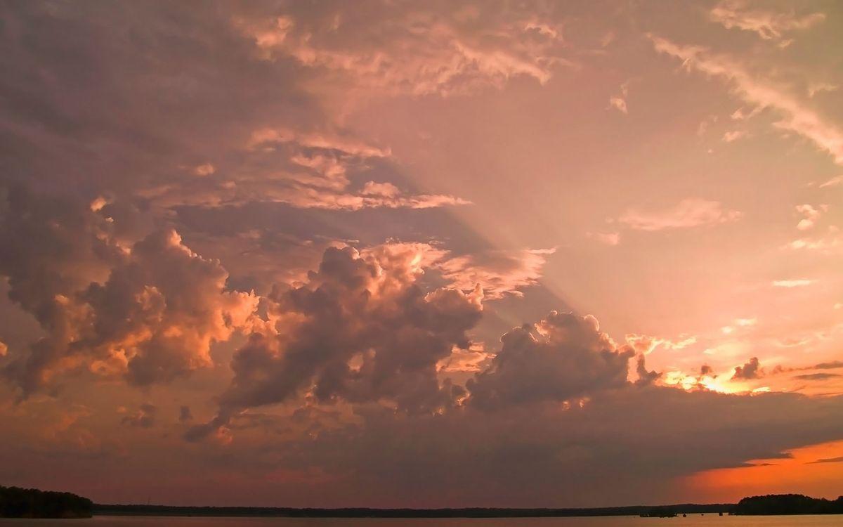 Фото бесплатно облака, тучи, небо, солнце, вода, озера, земля, берег, пейзажи, природа, природа