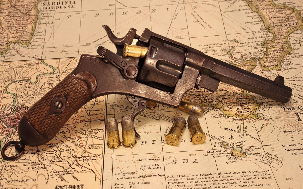 Free photo clip, bullets, trigger - to desktop