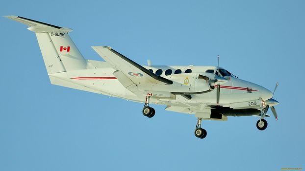 Бесплатные фото самолет,летит,винты,колеса,крылья,небо,авиация
