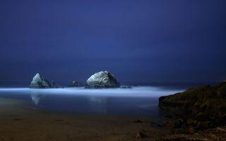 Бесплатные фото ночной берег,пляж,море,океан,скалы,в воде,пейзажи