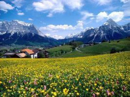 Заставки горы, деревня, небо, облака, зелень, цветы, природа