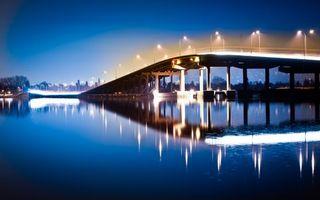 Обои мост, освещение, фонари, ночь, река, архитектура, город