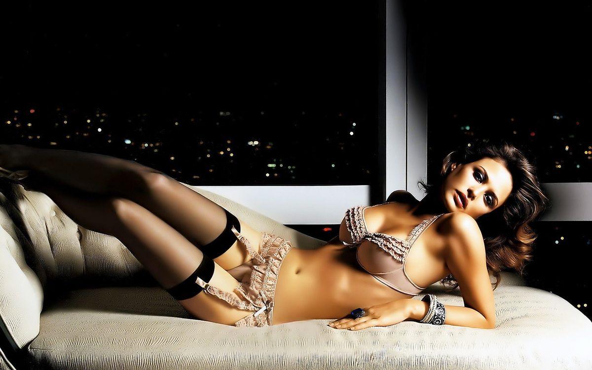 Фото бесплатно шатенка, секси, красотка - на рабочий стол
