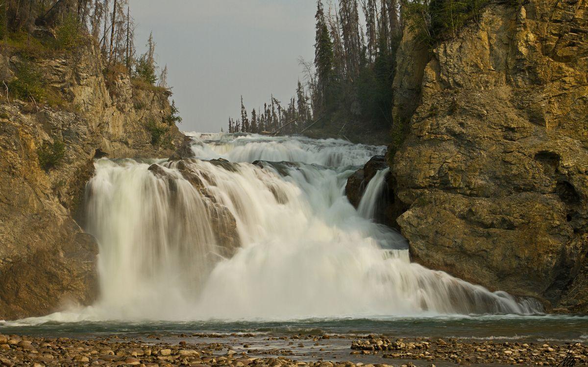 Free photo waterfall, water, drops - to desktop