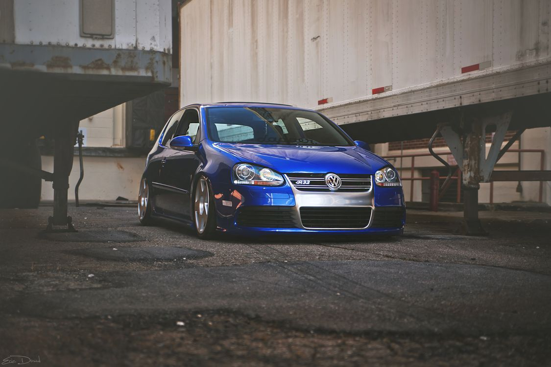 Photos for free wolksvagen, r32, blue - to the desktop