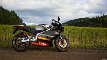 Бесплатные фото aprilia,природа,дорога,мотоциклы