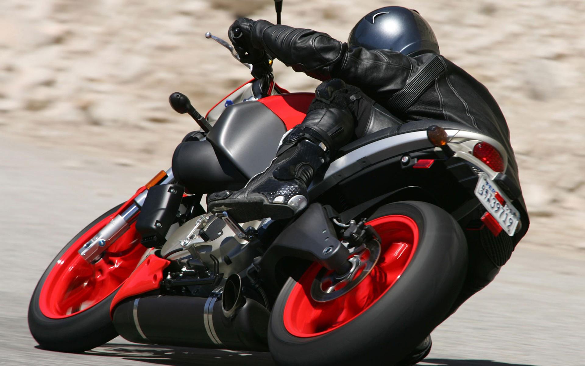 Фото обои на рабочий стол мотоциклы