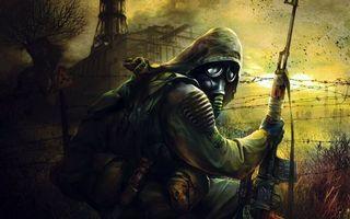 Бесплатные фото stalker: shadow of chernobyl, снайперская свд, чернобыльская аэс, колючая проволока, знак радиации, сухая трава, зона отчуждения