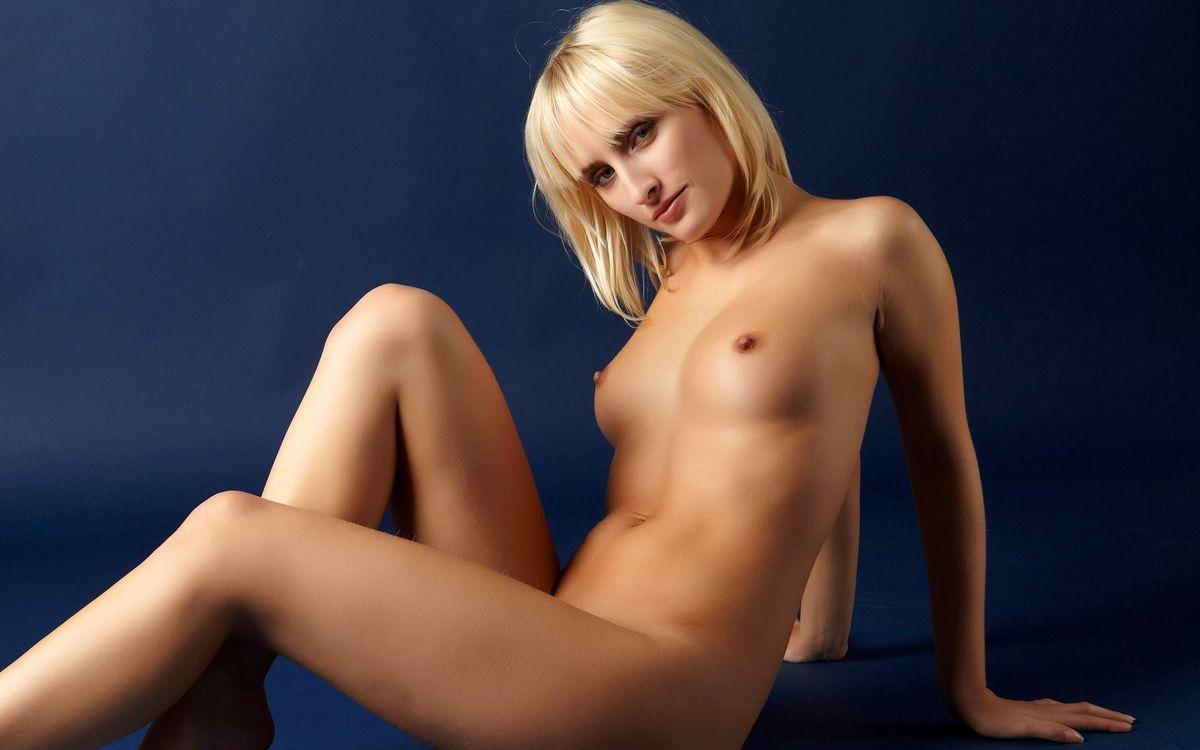 Фото бесплатно блондинка, красивая, вызывающая - на рабочий стол