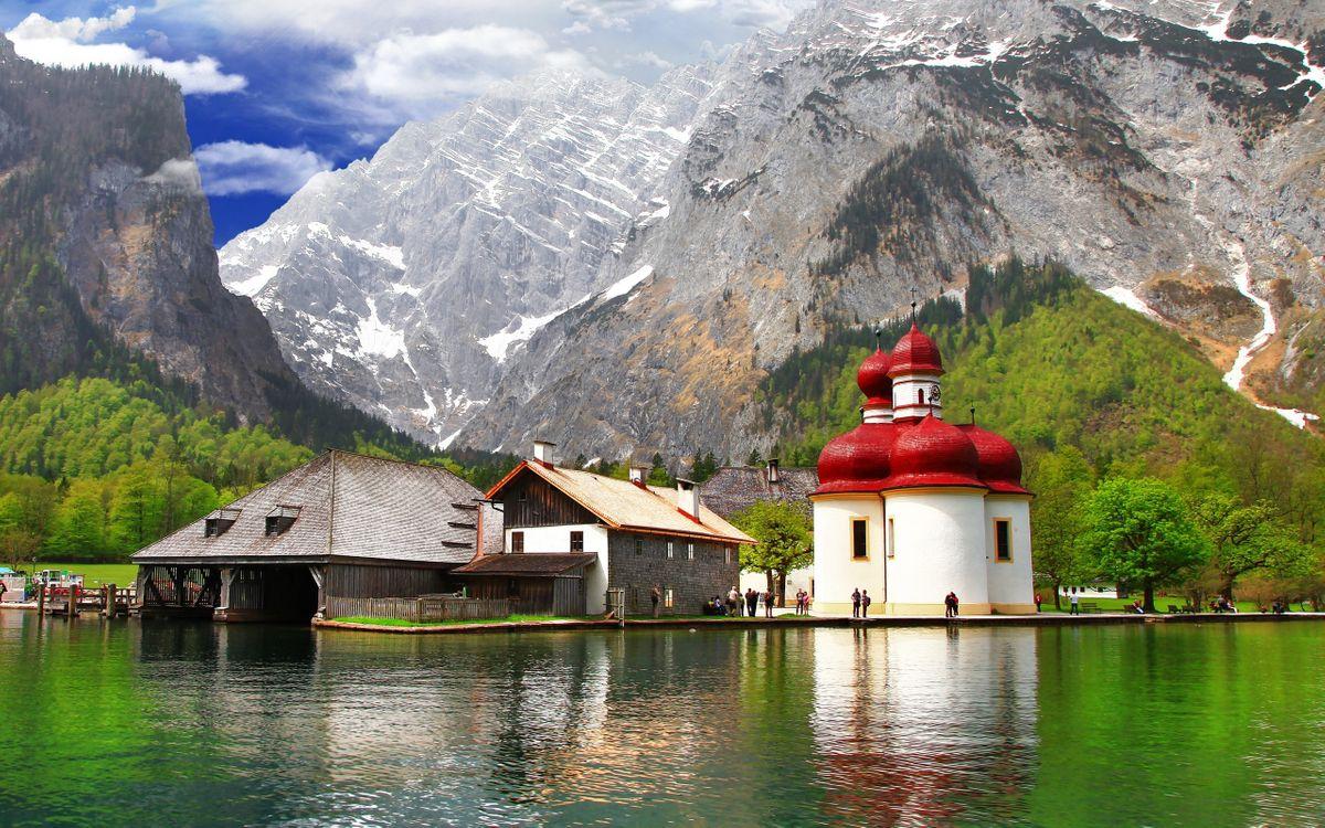 Обои горы, скалы, строения, храм, часовня, люди, деревья, озеро, разное на телефон | картинки разное