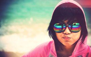 Бесплатные фото очки,отражение,капюшон,берег,кофта,розовый,зеленый