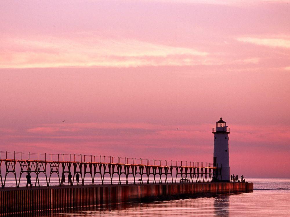 Фото бесплатно вода, море, маяк, небо, зарево, люди, природа, природа
