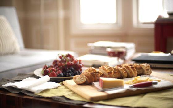 багет, сыр, булка, завтрак, клубника