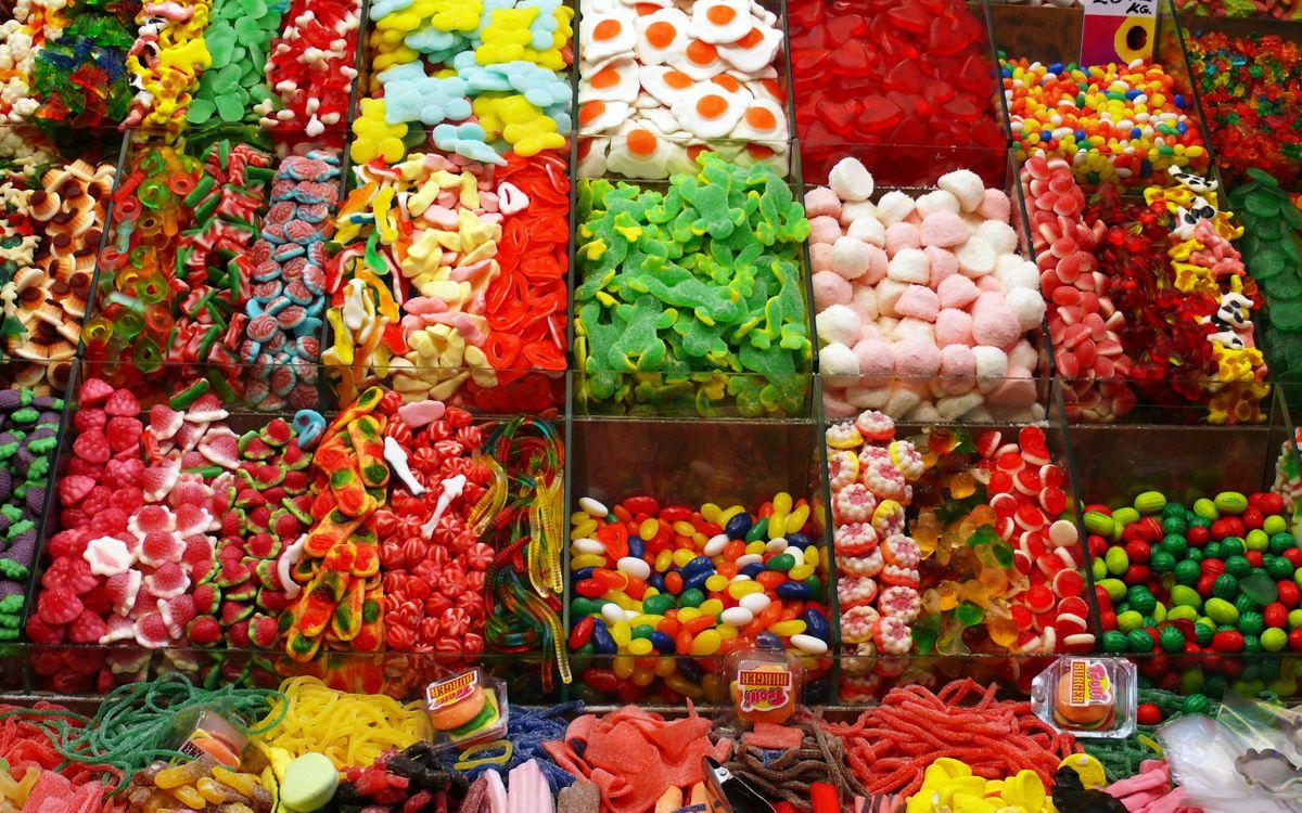 Фото бесплатно конфеты, сладости, разные, много, мелкие, магазин, прилавок, рынок, витрина, еда, еда