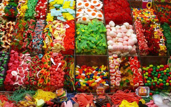 Бесплатные фото конфеты,сладости,разные,много,мелкие,магазин,прилавок,рынок,витрина,еда