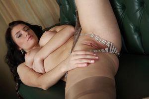Бесплатные фото Marina H,красотка,девушка,голая,голая девушка,обнаженная девушка,позы