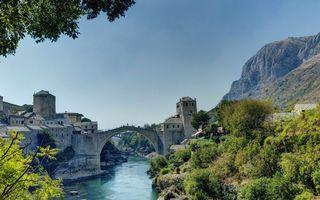 Бесплатные фото горы,камни,растительность,река,мост,арка,крепость