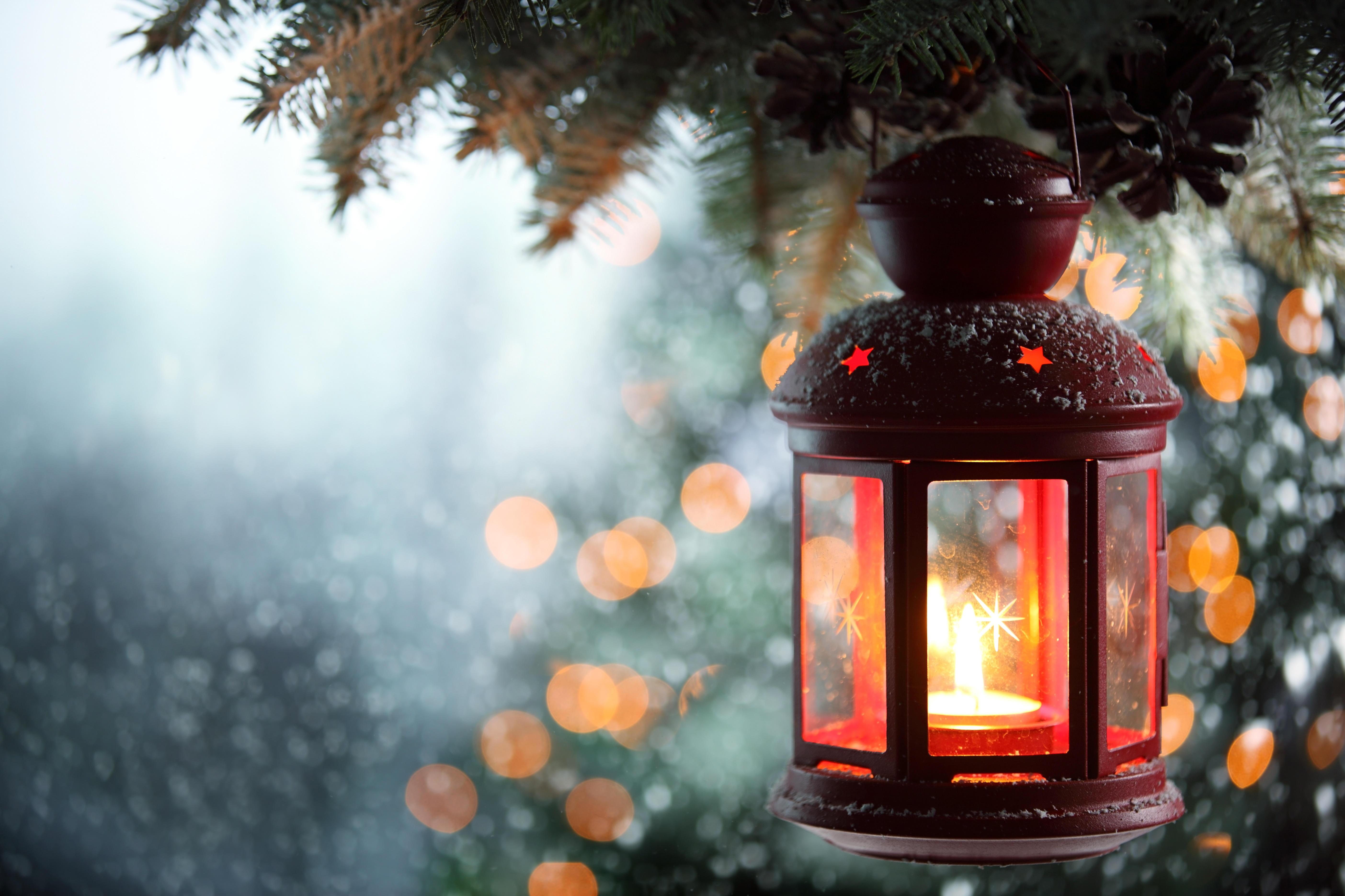 Сказочный зимний фонарь фото