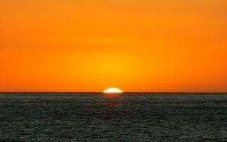 Бесплатные фото море,горизонт,солнце,закат,небо,оранжевое