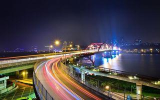 Бесплатные фото ночь,автострада,дорога,мост,огни,фонари,автомобили