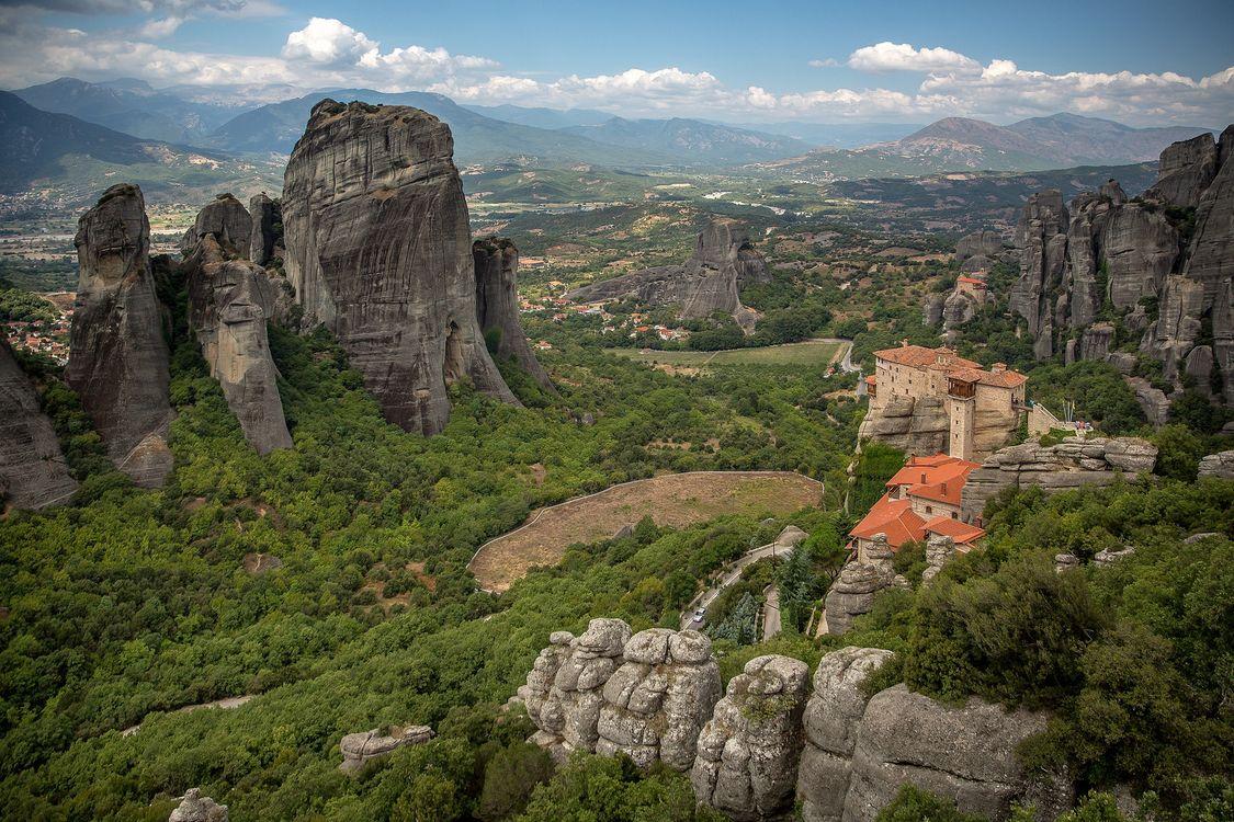 Фото бесплатно The Monastery of RousanouSt Barbara, Meteora, Greece, пейзажи