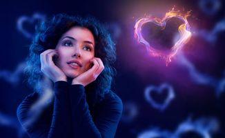 Бесплатные фото девушка,сердце,настроение,любовь