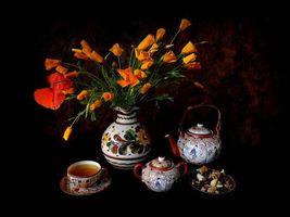Бесплатные фото цветы,ваза,чашка,чай,орехи,натюрморт