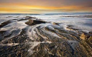 Бесплатные фото волны, скала, берег, океан, небо, вечер