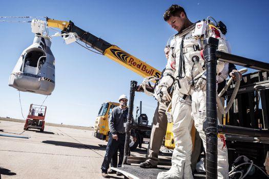 Photo free astronaut, cosmonaut, suit