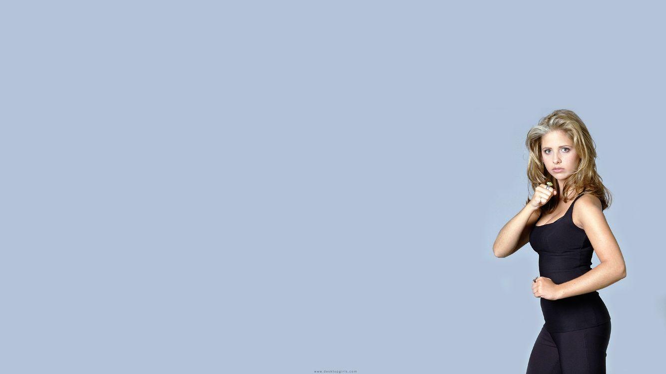 Фото бесплатно блондинка, красивая, спортивная, стойка, руки, взгляд, девушки, девушки
