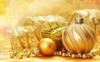 Бесплатные фото шарики, подарки, украшения, фон, желтый, ленточки, бусы