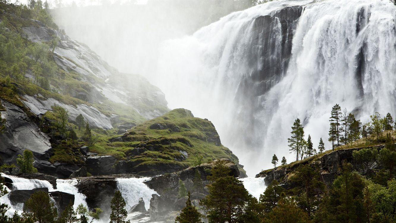 Фото бесплатно водопад, вода, брызги, скала, камни, мох, природа, природа