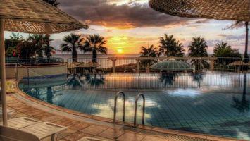 Фото бесплатно бассейн, вода, зонт